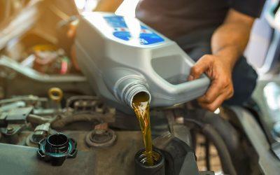 Kedy vymeniť motorový olej? Základné pravidlá, ktoré by ste mali poznať